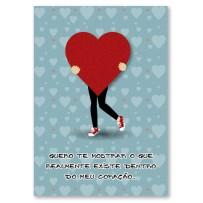 Cartão Artesanal Segurando coração